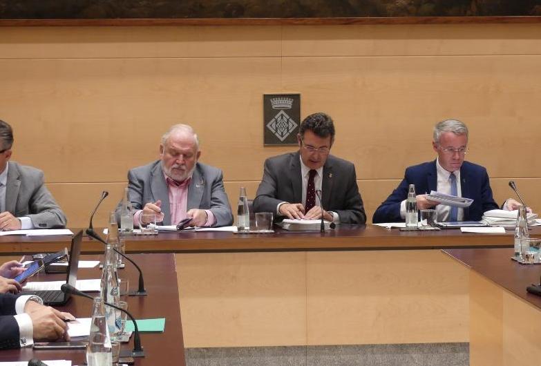 La Diputación de Girona aprueba convenios para gestionar el servicio de intervención especializada para mujeres que sufren violencia machista