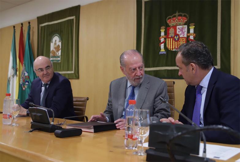 La Diputación de Sevilla aprueba los criterios de cofinanciación para la mejora de los caminos de uso agrario