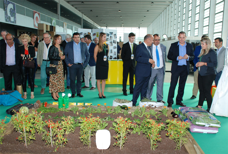 El presidente de la Diputación de Zamora anuncia en Ecocultura ayudas a emprendedores rurales con producciones sostenibles y ecológicas